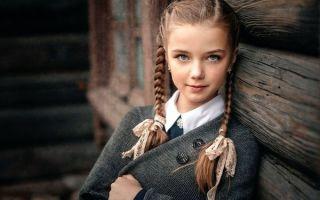 Прически в школу — 34 варианта простых и красивых укладок