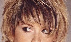 9 лучших коротких стрижек для женщин с круглым лицом