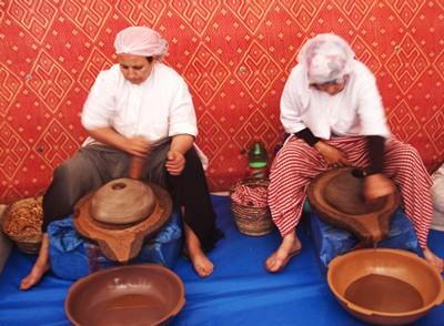 производство арганового масла в Марокко