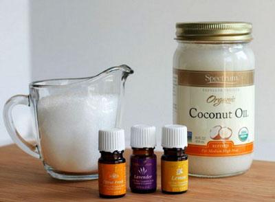 кокосовое и эфирные масла