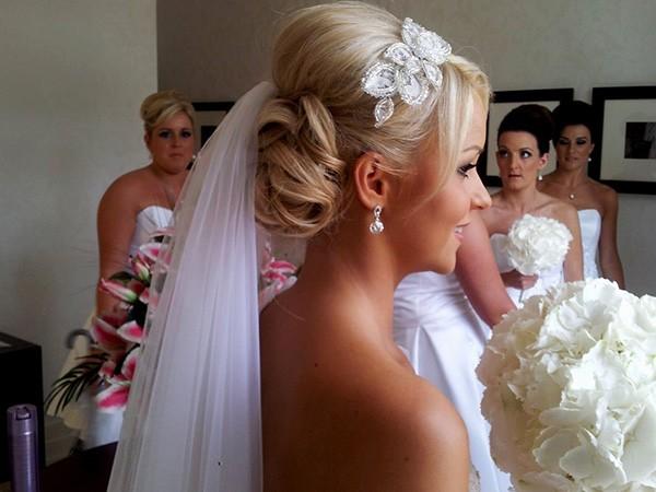 Выбор фаты на свадьбу