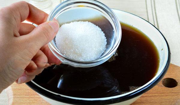 Чайная заварка и сахар