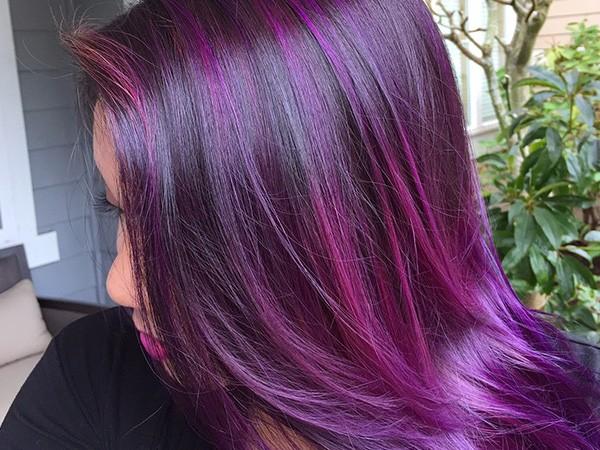 Волосы фиолетового цвета