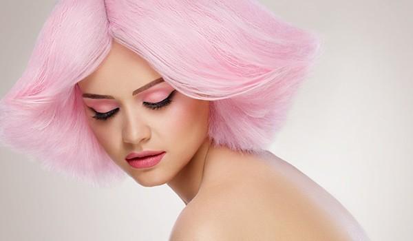 Нежно-розовые волосы