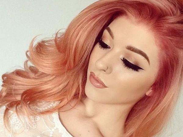 Розово-рыжийоттенок волос