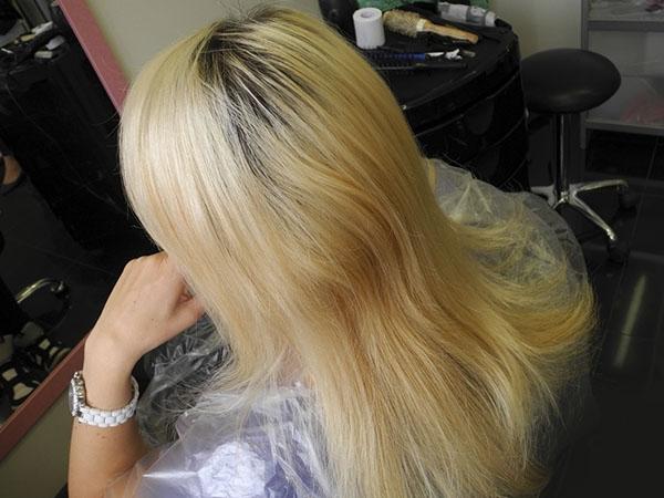 Желтый оттенок волос