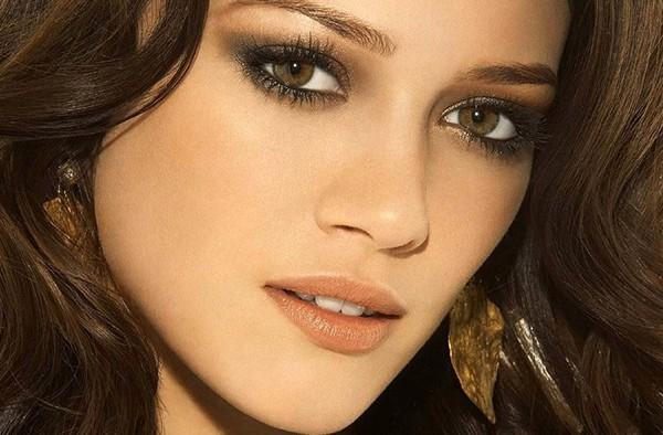Цвет волос для зелено-карих глаз