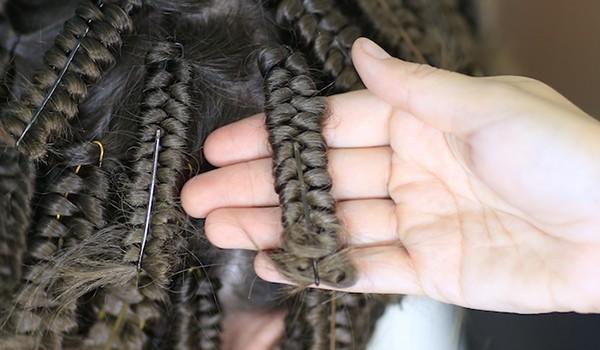 Накручивание волос на шпильки
