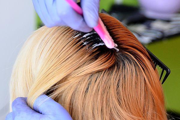 Как окрашивать волосы