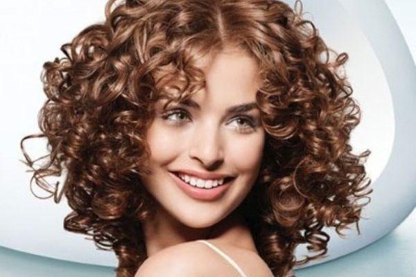 карвинг на волнистых волосах
